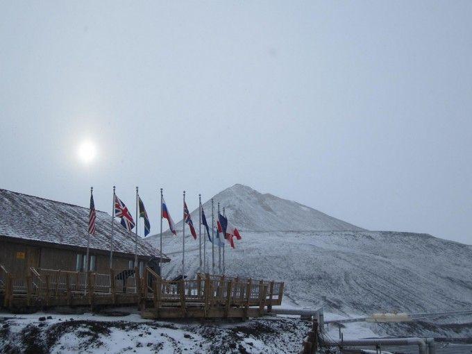 謎に包まれた南極。2012年海底湖ボストーク湖が発見された