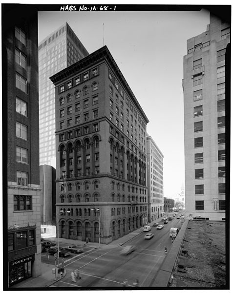 Bankers Trust Building At 6th And Locust In Des Moines Built In 1891 Demolished In 1980