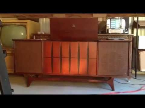 1964 Rca Victor New Vista Stereo Phonograph Am Fm Console