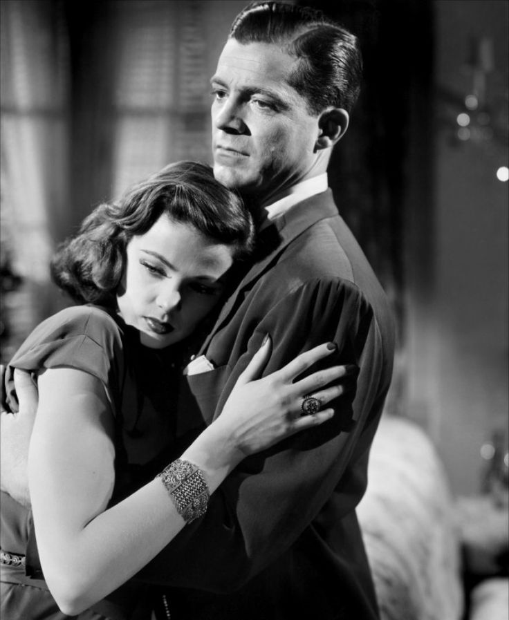 "Dana Andrews and Gene Tierney, in ""Laura"" 1944. Great movie & cast."