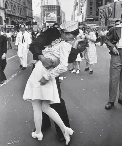 The unforgettable photo from the end of World War Il  When little my cousin actually thought this was my Mom and Dad.