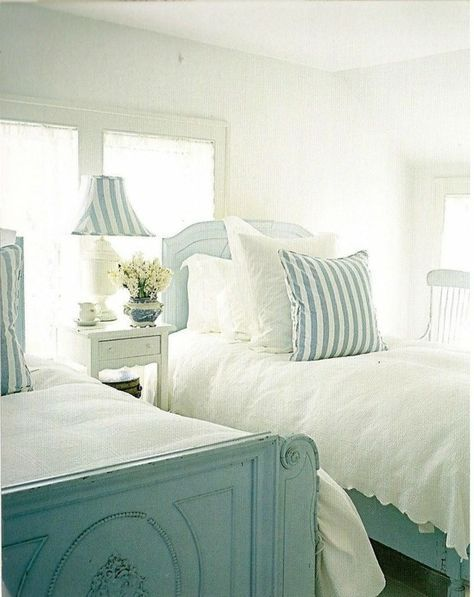 South Shore Decorating Blog:  Creating the Cottage Look