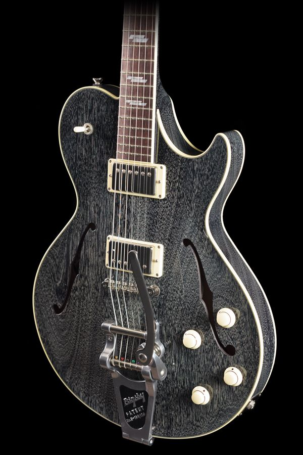 Collings SoCo Deluxe Dog Hair w/ Bigsby (437)