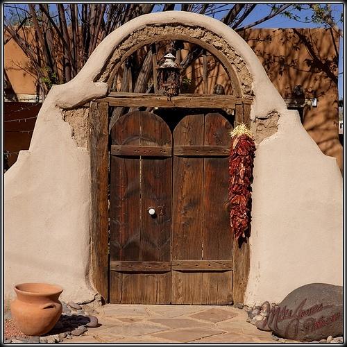 arch and double doors.: Backyard Gates, Backyard Patio, Doors Window, Double Doors, Doors Knobs, Double Gates, Arches, Delight Doors, Beautiful Doors
