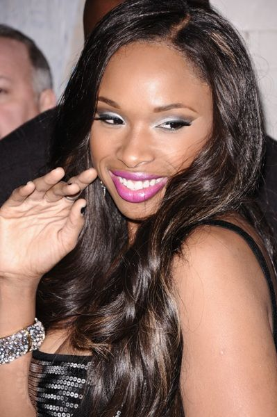 Jennifer Hudson wows with an extra long hairstyle