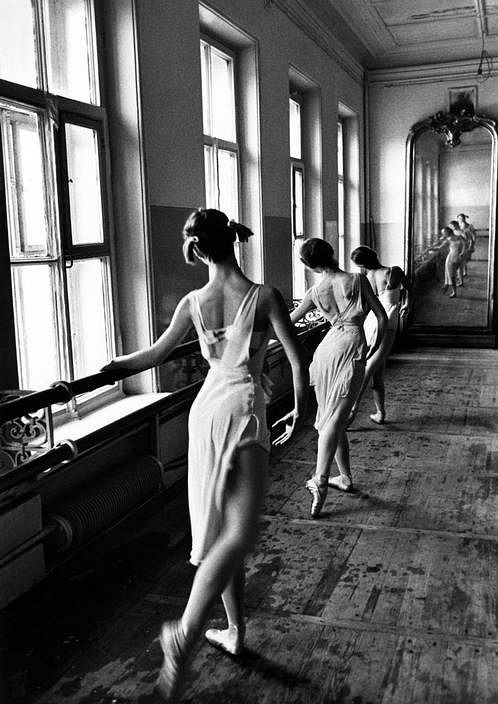 Students at the Bolshoi Ballet School in Moscow, Russia, photo by Cornell Capa, 1958