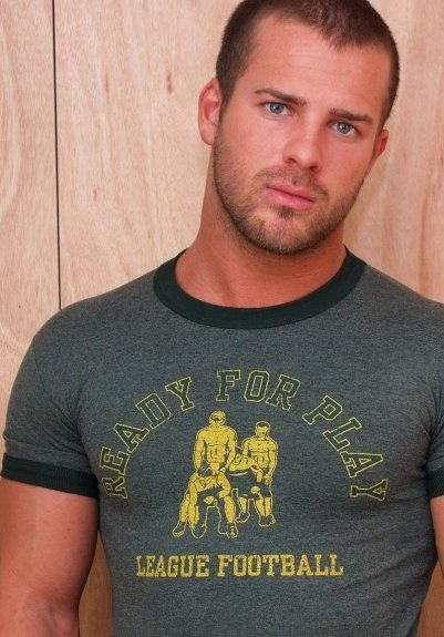 Gary Taylor Muscle   ... shirts su Pinterest   Maglitte Muscolari, Bodybuilder e Gary Taylor