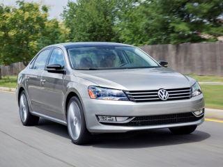 Kelley Blue Book's 10 Best Car Deals of the Month