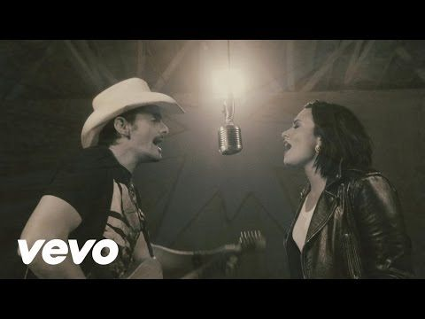 """Assista ao clipe de """"Without A Fight"""", dueto de Brad Paisley e Demi Lovato #Clipe, #Lançamento, #M, #Noticias, #Popzone, #Single, #Vídeo, #Youtube http://popzone.tv/2016/06/assista-ao-clipe-de-without-a-fight-dueto-de-brad-paisley-e-demi-lovato.html"""
