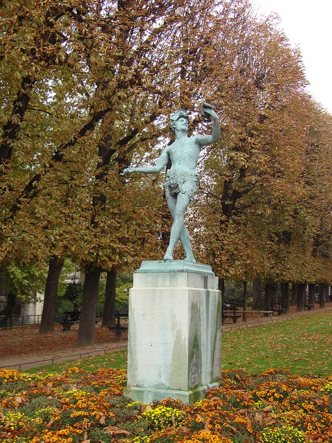 Luxembourg gardens by t-cat1, via Flickr