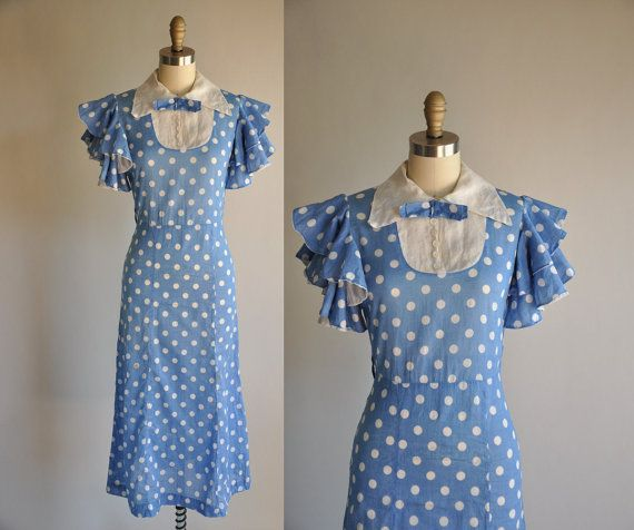 Gorgeous 1930s dress.  Love this blue!  from Simplicityisbliss etsy shop.