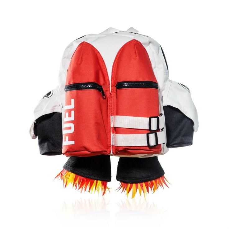 Reis als een ware ruimtereiziger naar school of een logeerpartij met de Suck UK Jetpack op je rug! Deze coole rugzak heeft ruimte voor al je spullen: vul de raketten met pennen of waterflesjes en stop je lunchbox middenin. Vergeet je je ruimtegids niet?
