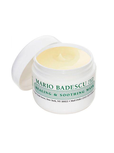 Mario Badescu Healing & Soothing Mask fremskynder helingsprocessen hvis man lider af acne, samtidig med at produktet bekæmper rødme og irritation i huden.  Produktet virker fremmende på hudens egen fugtbalance, samtidig med det udtørrer huden for at reducere acne udbrud. Udtørrer ikke bumser, men behandler i stedet huden rundt om udbruddet, for en mere afbalanceret ansigtshud. Heler ar forårsaget af længerevarende acne udbrud.  Anvendelse:  Påføres i et tyndt lag, på nyrenset hud, undgå…