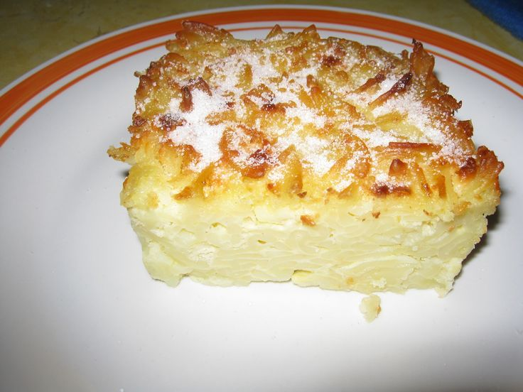 Reteta culinara Macaroane cu branza din categoria Paste. Specific Romania. Cum sa faci Macaroane cu branza