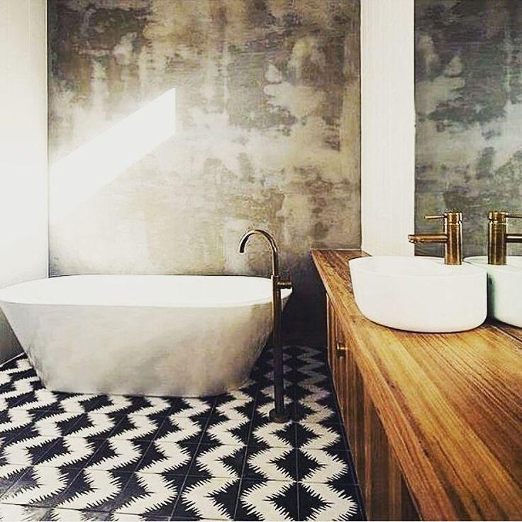 Azulejos Baño Tendencias:TENDENCIA baños con texturas azulejos contrates blanco y negro de