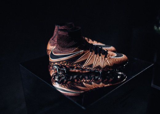 Nike Liquid Chrome Fußballschuhe jetzt verfügbar   Sports Insider Magazin