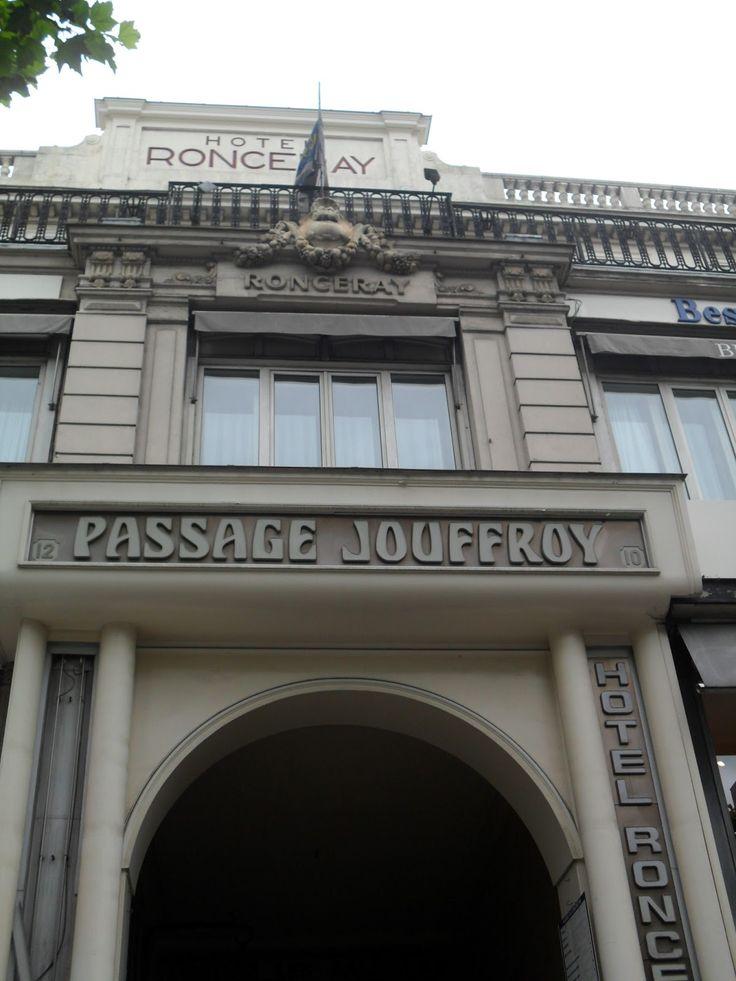 Passage Jouffroy 10 boulevard Montmartre / 9 rue de la Grange-Batelière
