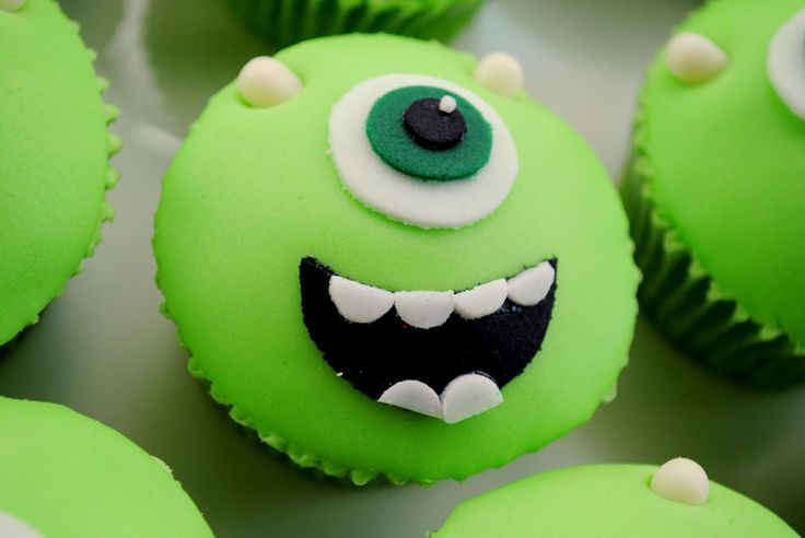 Monsters Inc - Monsters University - Mike Wazowski Cupcakes