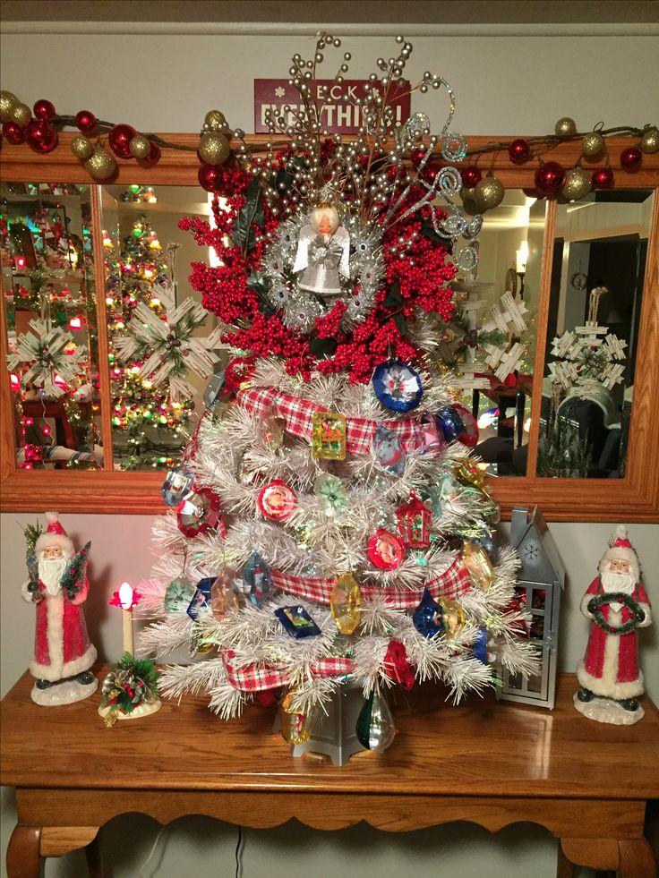 Vintage Fiber optic Christmas tree with vintage ornaments.