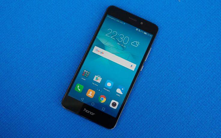 Huawei Honor 5C обладает схожими с Huawei P9 Lite характеристиками, при этом стоит на 3.600 руб. дешевле. Давайте взглянем на его подробнее.