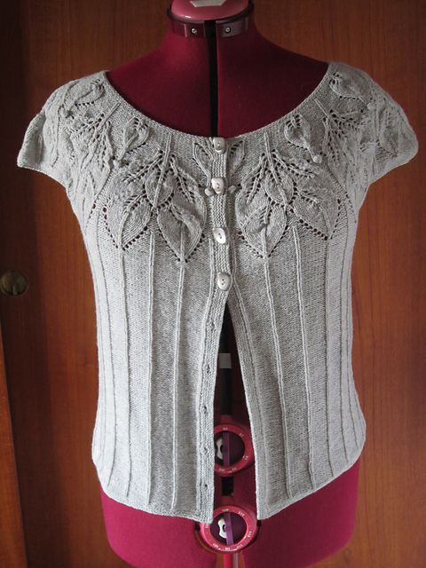 Bella - This lovely and very feminine vest with a leaf pattern is available only on a booklet - by Lene Holme Samsøe