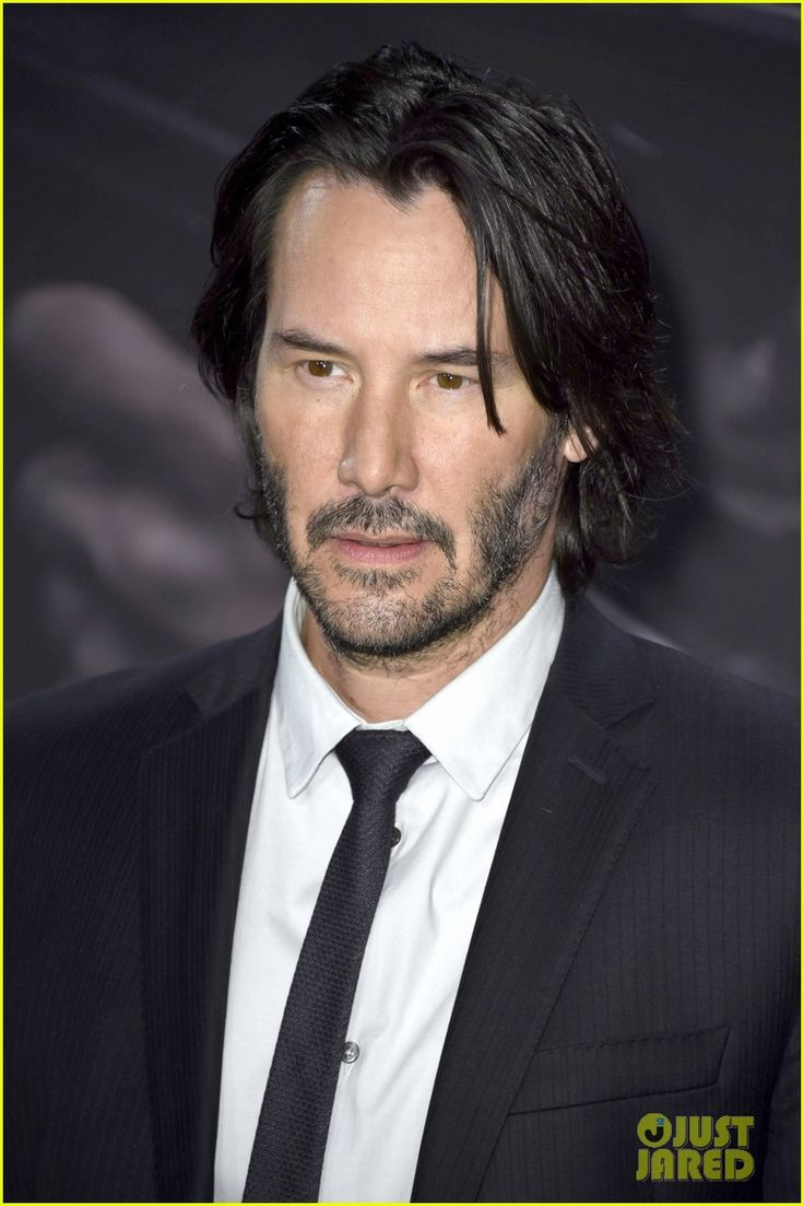 Keanu Reeves Praises 'Passengers' Despite Losing Leading Role!