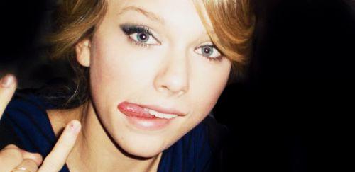 Taylor Swift   ::T A Y L O R ::   Pinterest   Taylors, Taylor swift ... Taylor Swift