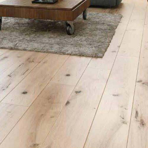 Geoliede eiken houten vloer met de uitstraling van net geschuurd eiken… ERG MOOI