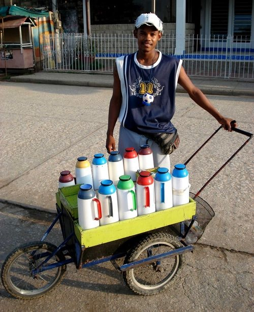 """Tintico?"" .... ""coffee  anyone?"".... street vendor -Colombia-"