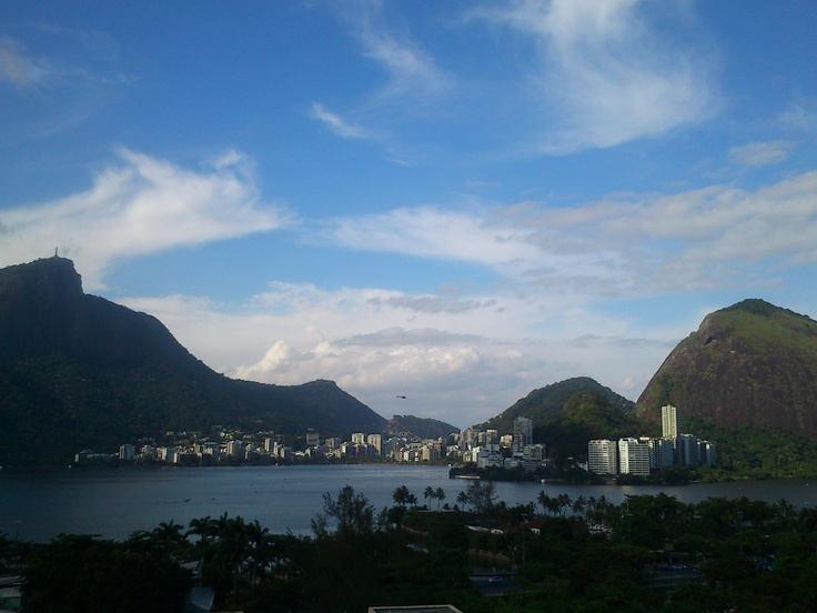 Just the Corcovado and Rodrigo de Freitas Lagoon. I took this picture from the roof of a mall on Leblon.//   Rio de Janeiro - Brazil