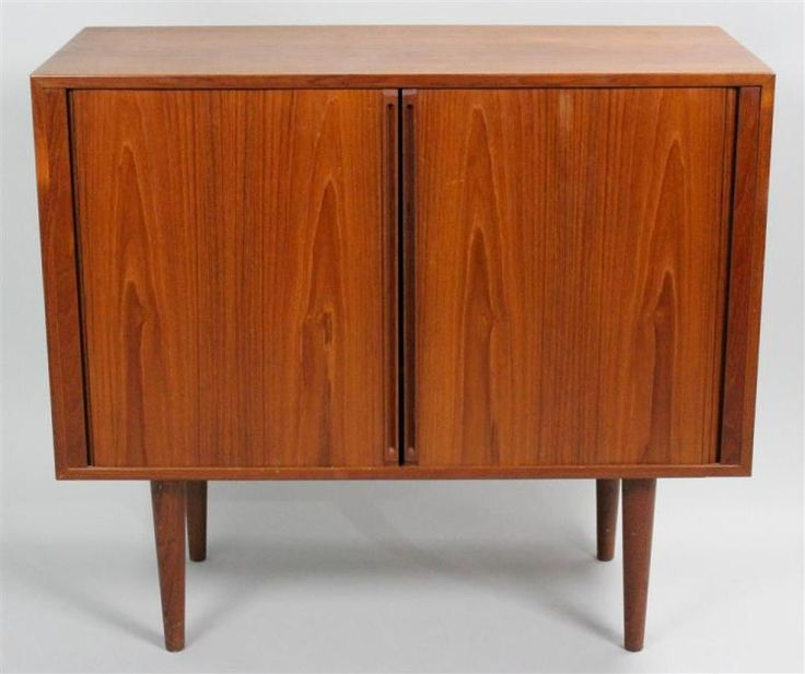 Buy online, view images and see past prices for MID-CENTURY MODERN TEAK TAMBOUR RECORD ALBUM CABINET. Invaluable is the world's largest marketplace for art, antiques, and collectibles.