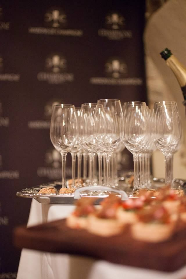 Champagne Tastings available at Maisons de Champagne
