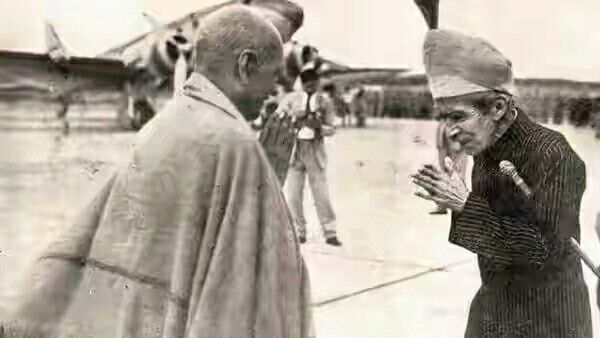 The last Nizam of Hyderabad greets Sardar Vallabhbhai Patel at the Begumpet airport after the success of Operation Polo.