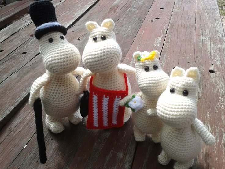The Moomin Family; Moominpapa, Moominmama, Snork Maiden and Moomintroll. Project info and pattern link here; http://www.ravelry.com/projects/LindaDavie/amigurumi-moomin