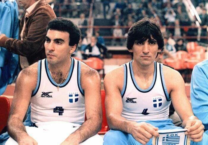 Gallos & Yannakis