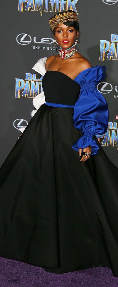 Janelle Monáe en une robe de bal noire à manche longue bleu épaule n