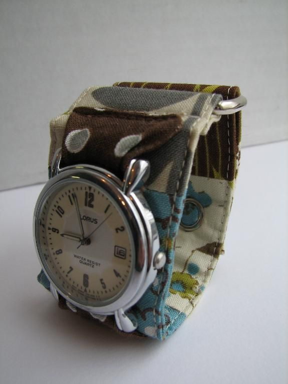 It's our favorite day of the week: Free Pattern Friday! Visit the Craftsy Blog to a free sewing pattern for this funky DIY watchband!