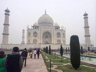 @ujjwala_n Wonder of the world, Taj Mahal, indian, India, architecture, wonder, beautiful destinations, marble, skyline, sunrise, agra, Delhi, Rajasthan, dubai, Jaipur, jodhpur, India travel diaries, travel, honeymoon,  diaries, wanderlust