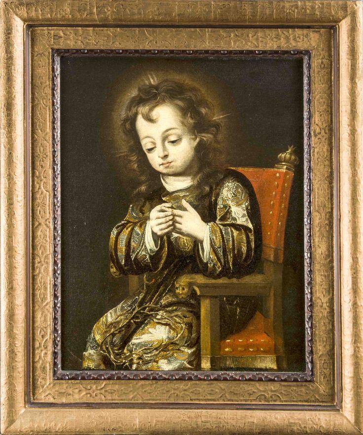 Spanischer Maler d. 17. Jh., der Christusknabe in prunkvollem Gewand auf einem Stuhl sitzend, hat seinen Finger an der auf seinem Schoß liegenden Dornenkrone gestochen, Öl/Lwd., rest. u. doubl., verso auf Rahmen u. Keilrahmen versch. Zuschreibungen, so z.B. Fray Juan Andrés Ricci (1600-1681), ein anderes handschriftl. Etikett des 19. Jh. schreibt es Zurbaran zu, ebenso auf dem Nachlassetikett von Lothar Freiherr von Ritter, ein späteres Etikett (1984) erwäht die Begutachtung durch Dr. Prinz…