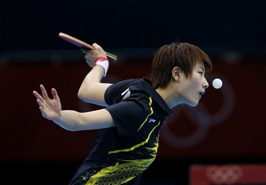 la pongiste chinoise Ding Ning, prise lors d'un tournoi de tennis de table durant les JO de Londres de 2012