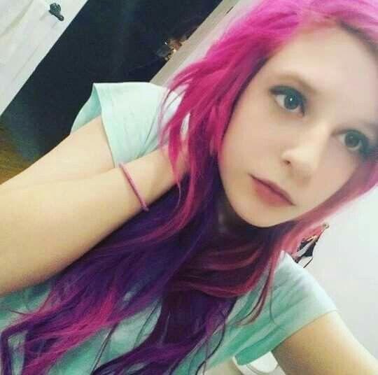 Pink to purple spalt rain hair dye ombre Viro Psycho