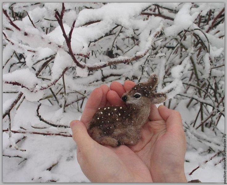 Купить Оленёнок брошь. - коричневый, олень, олененок, лес, лесной, зима, зимний, зимнее, Снег