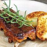 """""""Esta carne queda suave y con una capa de tomate caramelizado. Para variar la receta también se puede usar un té ahumado"""", dice el chef."""