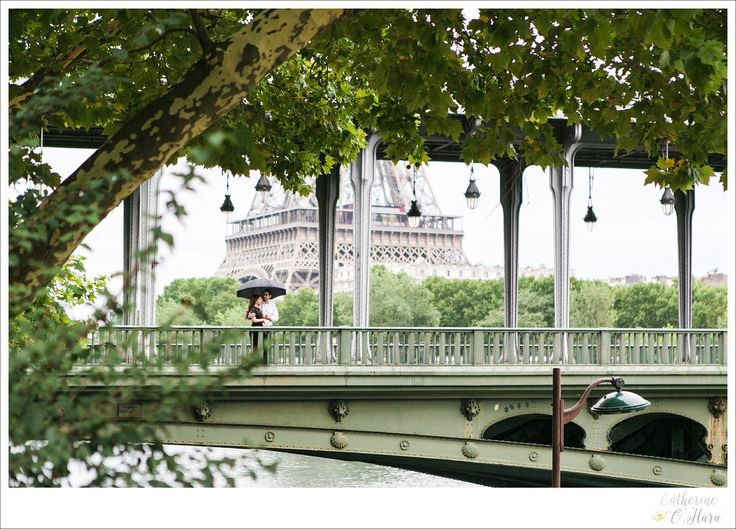 Such a great view on my favourite Parisian bridge!  www.catherineohara.com  English speaking wedding, elopement, engagement and surprise proposal photographer based in Paris, France