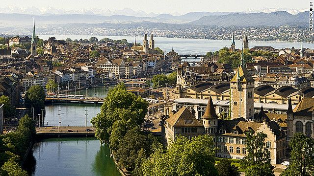 """Zurich's excellent, efficient public transport means you can visit the beautiful """"Old Town"""" even during a short stopover"""