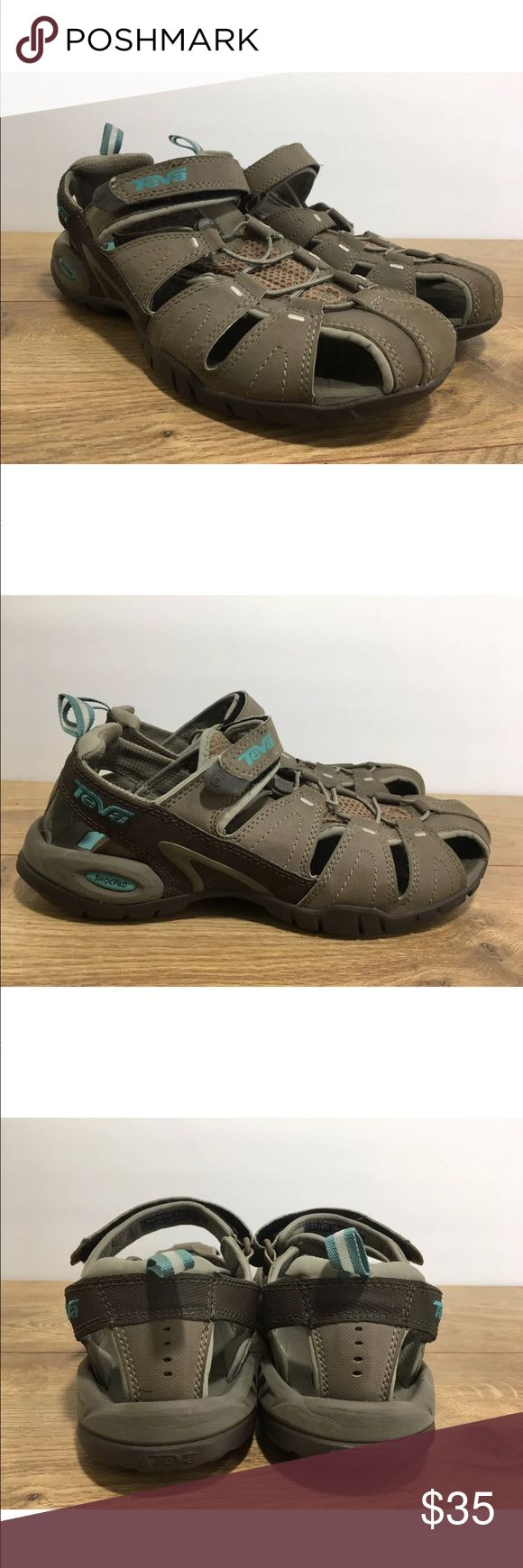 Teva Womens Tan Forebay Sandals Size 8.5 -K8 Teva tan sports sandal with hook and loop fastener strap size 8.5 in very good condition these shoes have only been used a handful of times and still have a ton of life left in them.   please see photos for color, style and condition. Teva Shoes Sandals