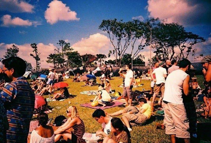 Berencana ingin pergi ke singapore tapi bingung dengan tujuan wisata yang hendak dituju. Singapore saat ini memiliki banyak tempat wisata yang sangat menarik dan mempesona untuk dikunjungi dengan beragam pesona yang ditawarkannya. Singapore menawarkan kebersihan dan kenyamanan tempat wisata ditambah dengan pelayanan yang prima di setiap tempat. Dukungan transportasi umum yang memadai seperti bus dan MRT membuat siapapun merasa ingin bersinggah di negara kota yang satu ini. Padahal dulu…