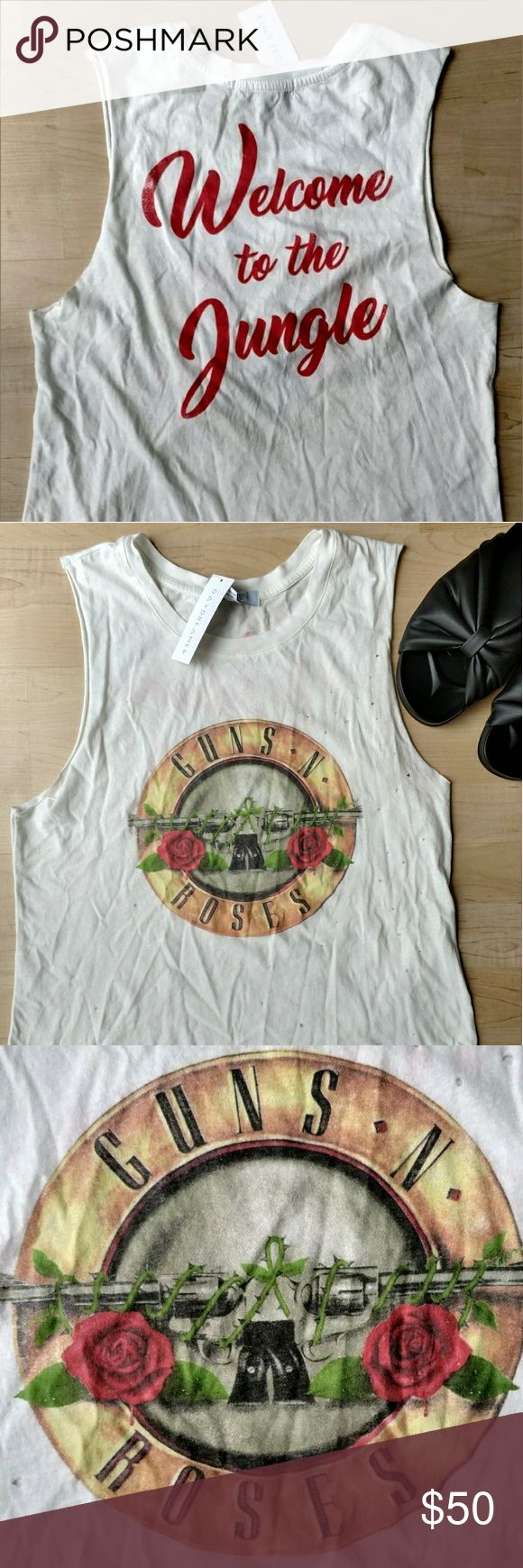 Daydreamer Guns N Roses Welcome to the Jungle Sha na na na na na na na knees knees...   ;} Daydreamer Tops Tank Tops