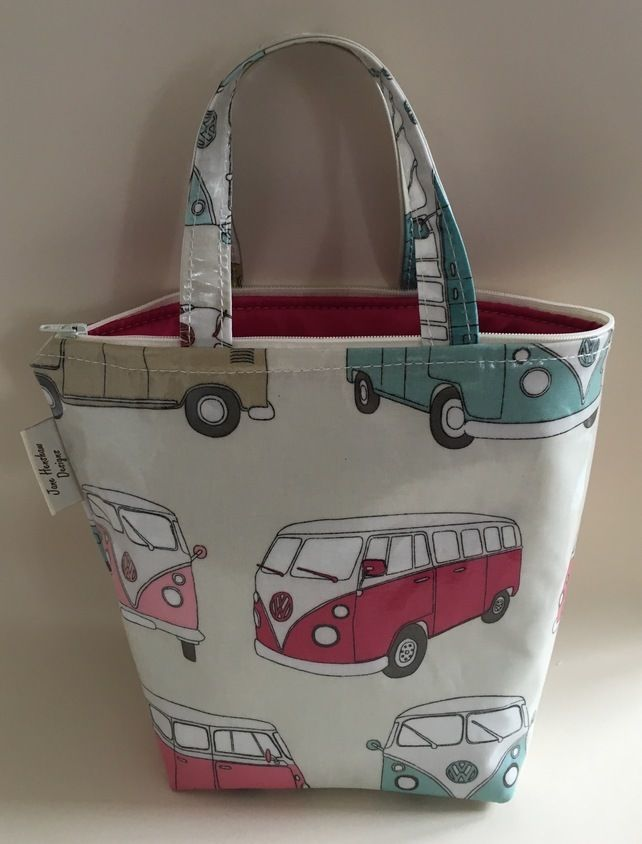 Insulated lunch bag, lunch bag, cool bag, Pink Camper van oilcloth £12.50
