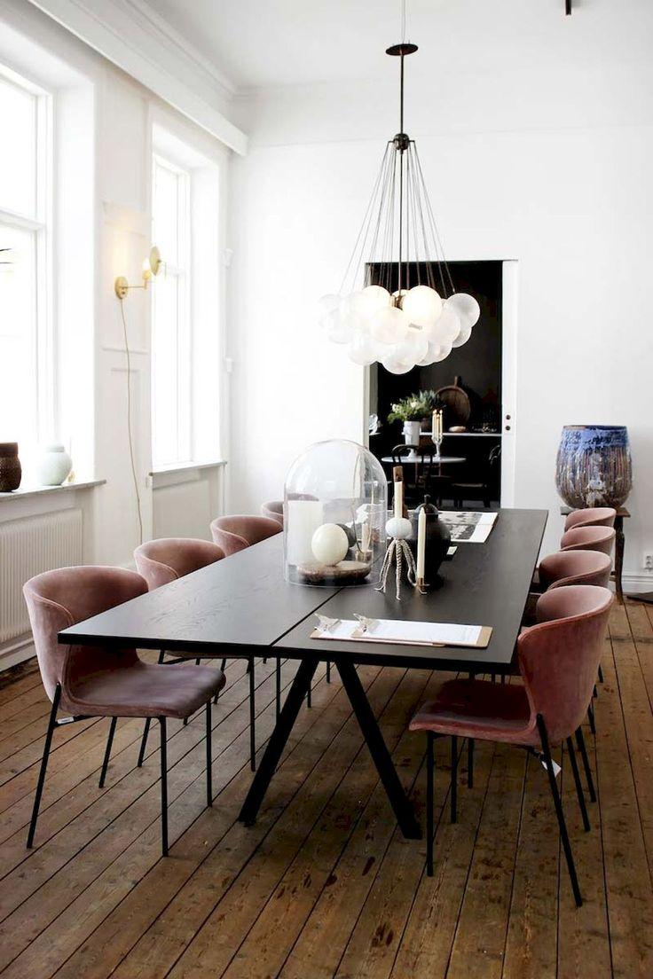 Gorgeous 110 Beautiful and Elegant Dining Room Chandelier Lighting Ideas https://livinking.com/2017/06/10/110-beautiful-elegant-dining-room-chandelier-lighting-ideas/